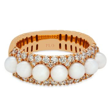 Rose gold Rng, pearlsl and diamonds 0.79 carats