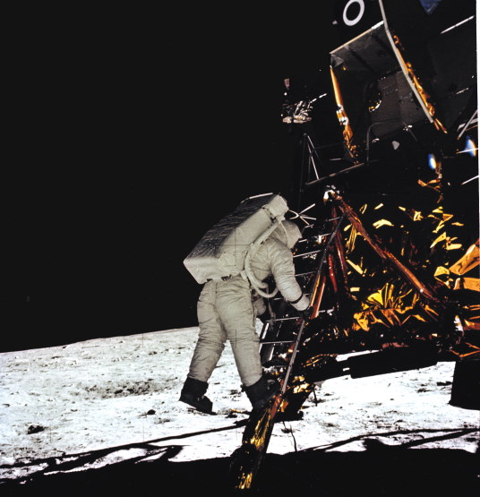 Eagle has landing Apollo 11